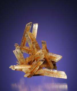 Gypsum, Bristol Mine, Crystal Falls, Michigan. An attractive gypsum crystal group. These crystals grew in only a few years during a hiatus in mining at the Bristol Mine. Specimen 5 cm tall. Photo by G. Robinson. (DM 27494)